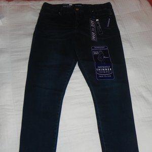 NWT Bandolino Smooth Operator Crop Blue Jeans 16
